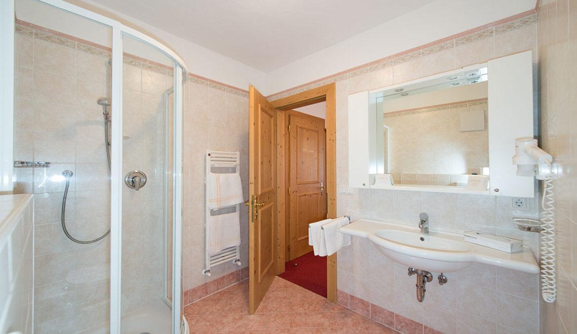 Hotel Mondschein Badezimmer
